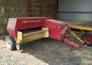 New Holland 370 Conventional Baler